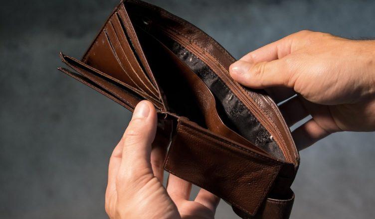Co zrobić gdy zgubisz portfel na wakacjach?